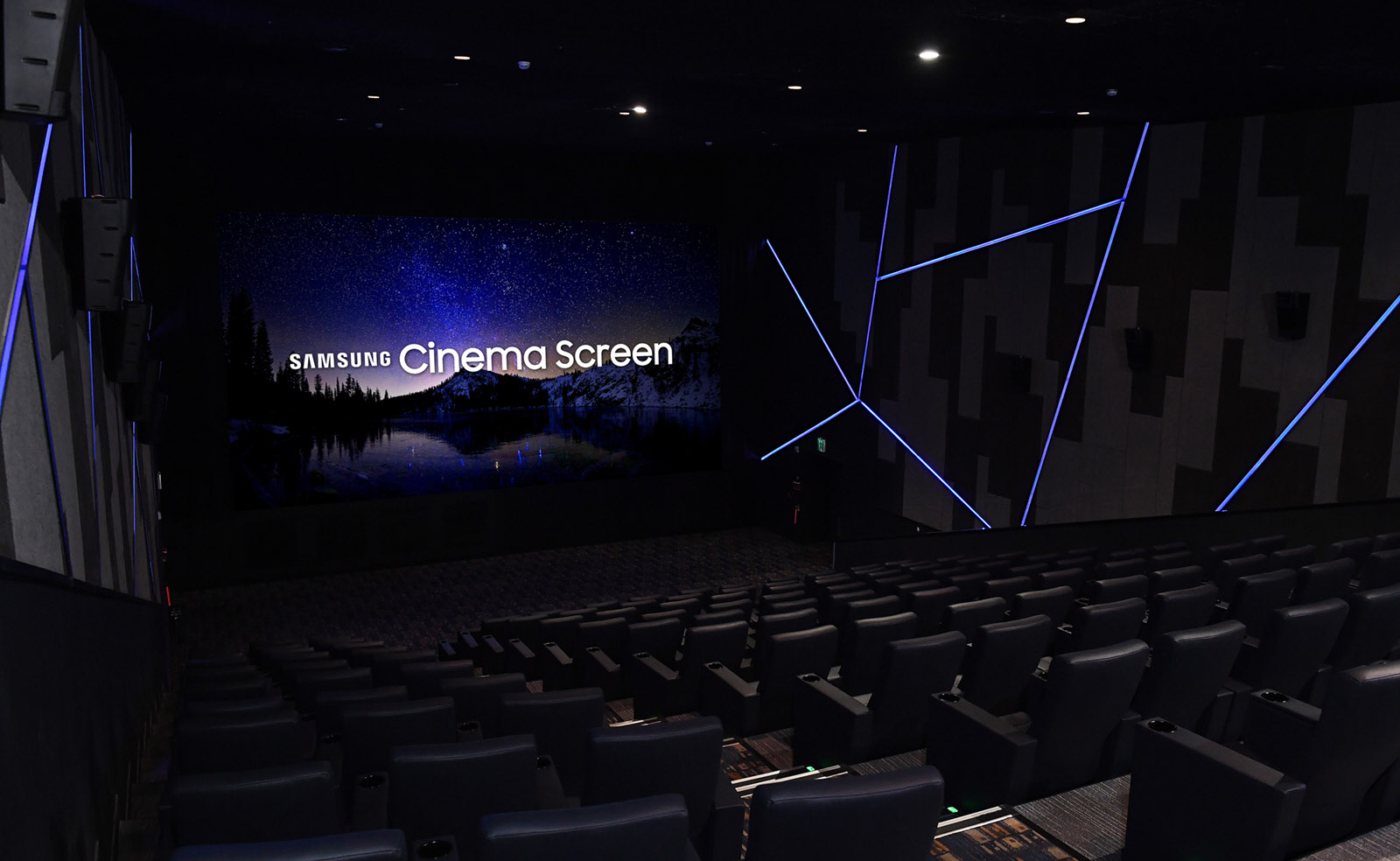 cinema-led-screen-2